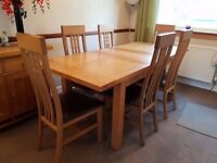 Solid Oak Dining Room Table and 6 Chairs - Morris of Glasgow