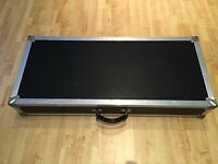 Custom built guitar pedalboard flightcase Length 40.5 inches Width 17.5 inches Depth 6.5 inches