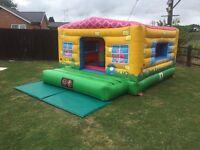 Bouncy castle (peppa pig theme)