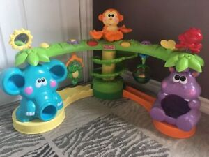 Fun baby activity centre