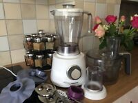 Philips food processor and blender with 28 functions