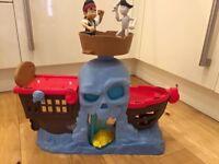 Jake and the Neverland Pirates Battle at Shipwreck Falls