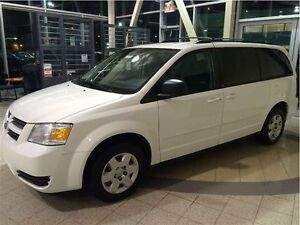 *DODGE GRAND CARAVAN 2010 STOW AND GO*