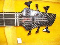 Status Custom Bass