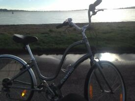Townie womens bike good condition with accessories