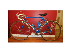 Reduced Price!  Mens 10-Speed Simoncini 55 Cycle