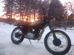 1978 yamaha dt400 enduro trade for another 2 stroke
