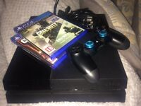 PS4 Barley used, one controller 3 games
