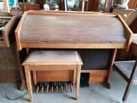 Electric organ - delivery available