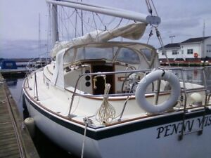 Nonsuch 30 Classic Sail Boat 'Pennywise'