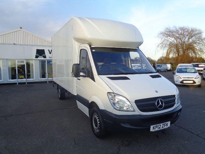 b6cb233cba Mercedes-Benz Sprinter 313 CDI 3.5T Luton Van with Tail lift DIESEL WHITE  (2012)