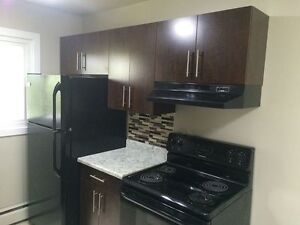 WONDERFUL 1 BEDROOM CLOSE TO SOUTHGATE  MALL