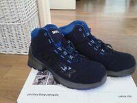 Uvex steel toecap boots