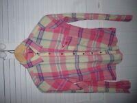 ladies or girls hollister shirt top pink size 8 or girls large