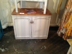 Timber Tv or storage cabinet - $75 - furniture Miami Gold Coast South Preview