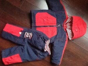 Micro Motion 2-piece red and navy fall/spring set - Size 6-9 M