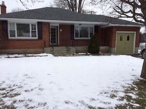 Beautiful 4 bedroom family bungalow for rent Belleville East End