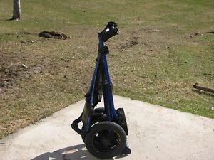 Chariot de golf 3 roues Sun Mountain Speed Cart V1