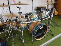 DW Collectors Series 6 Piece Drum Kit in Exotic Lacquer Finish with Matching Snare.