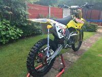 2008 K8 RM250! Final edition 2 stroke 1000s spent race spec!! CDJ2000 dj equipment