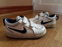 Boys Nike Trainers size 7 infant