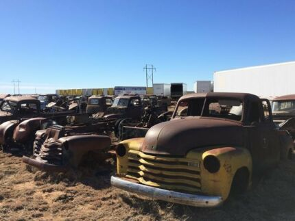 Wanted: WANTED******1955 Chevrolet trucks and parts!
