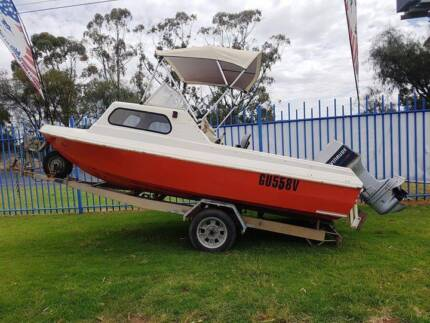 Yellowtail Boat with 70hp Evinrude Outboard Engine and Trailer