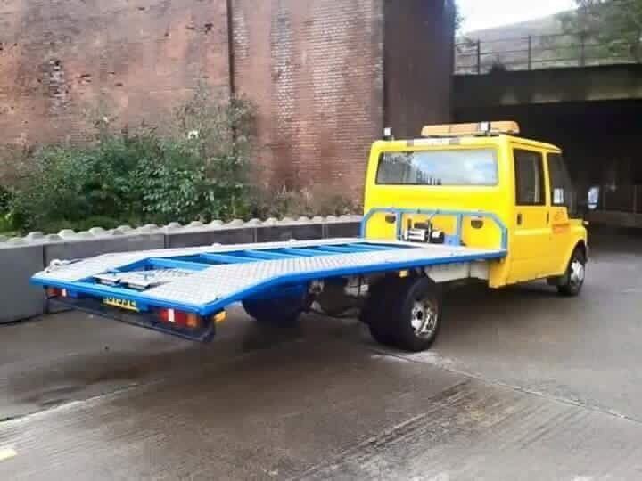 Car Recovery breakdown delivery service. Swansea Bridgend Cardiff