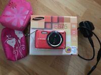 Samsung ES75 14.2 mp Digital Camera