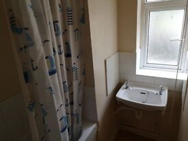 3 BEDROOM FLAT IN KINGSTON