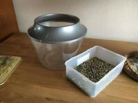 Plastic Fish Bowl/Tank with Gravel