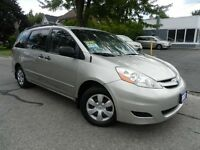 2007 Toyota Sienna LOADED 7 PASS SUPER CLEAN LOW KMS
