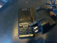 erricson c902 on ee with charger