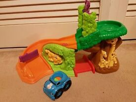 Safari musical ramp with car