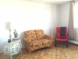 LEASE TRANSFER: Spacious 3 1/2 in Lower Plateau/Milton Park