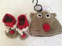 NEW reindeer hat and slippers 12-18 months