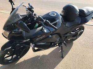 2011 Kawasaki 250R Motorcycle