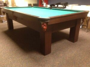 Table de snooker de rare format 9 pieds Brunswick Billiards pool