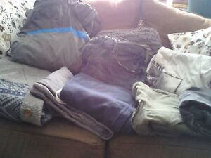 LOT OF EXCELLENT USED CONDITION MENS CLOTHING