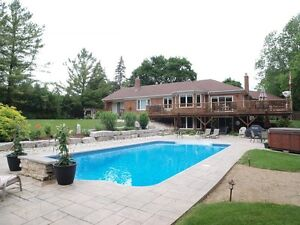 Gorgeous Executive Home with Pool (Short Term Lease)