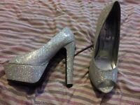 Silver Sparkly Platform Heels Size 6