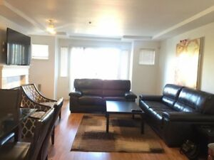 spacious townhome 2 bedrooms