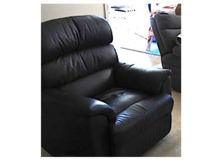Genuine Leather Recliner chair couch armchair Ergonomic $1000 new