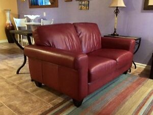 100% leather loveseat