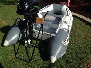 Inflatable boat (NO license required) - used twice with new 5HP Chain Valley Bay Wyong Area Preview