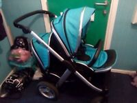 Oyster Max Double Buggy with Maxi Cosi Cabriofix Carseat
