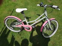 """Girls Pendleton Junior Hanberry Bike - 20"""" for ages 7/8 good condition."""