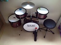 FIRST ACT DISCOVERY JUNIOR DRUM SET BURGUNDY