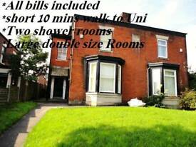 To let Bolton Town single , double & triple size room rent available for professional