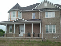 Townhouse for Rent in Beautiful Waterfront Community